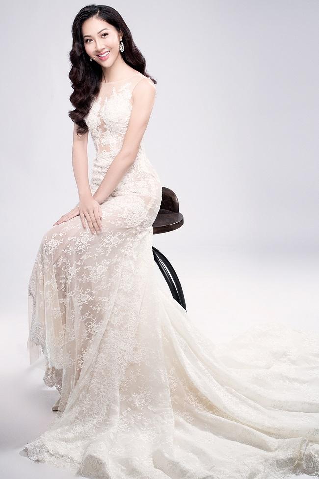 Diệu Ngọc rạng rỡ với đầm ren trước thềm Miss World - 4