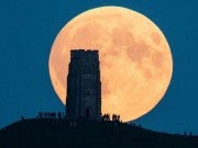 Tin tức trong ngày - Tối nay, Việt Nam đón siêu trăng lớn nhất trong 68 năm