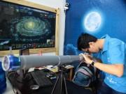 Tin tức trong ngày - Giới trẻ săn siêu trăng bằng kính thiên văn… ống nước