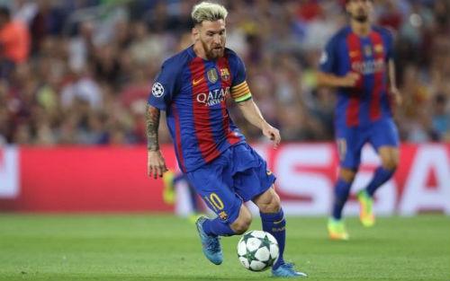 """Barca sắp """"trói chân"""" Messi, lương cao hơn Ronaldo?"""