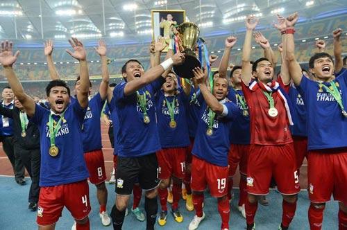 AFF Cup 2016: Song mã Việt Nam - Thái Lan đua vô địch