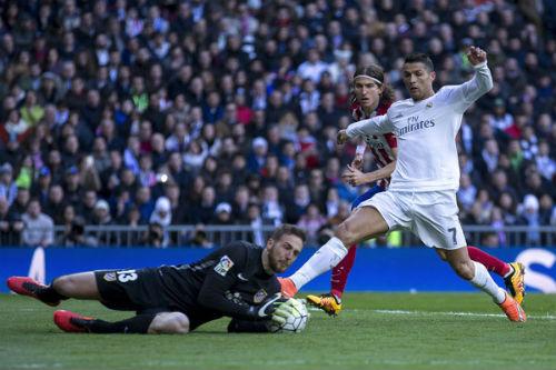 """Real Madrid đấu Atletico: Ronaldo tái ngộ """"khắc tinh"""""""