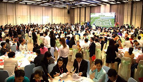 Nhà phố vườn SaiGon Village đón 450 cư dân đầu tiên - 1