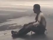 Tin tức trong ngày - Vụ nổ bốt điện: Người đàn ông ngồi xe lăn bị cháy xém