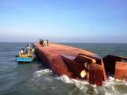 Tin tức trong ngày - Thợ lặn tìm thấy nữ thuyền trưởng sà lan gặp nạn ở độ sâu 10m