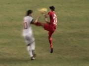 Bóng đá - AFF Cup: Nhận thẻ đỏ vì đạp ngực tàn khốc như De Jong