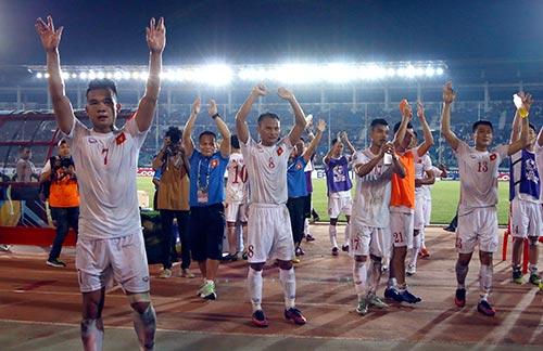 Báo chí quốc tế ca ngợi ĐT Việt Nam thắng đầy bản lĩnh