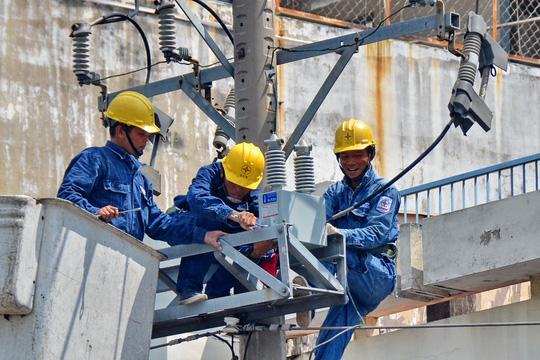Ngành điện đối mặt áp lực đầu tư lớn - 1