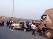 Tin tức trong ngày - Tai nạn thảm khốc trên cao tốc: Biển báo chỉ đường quá nhỏ?