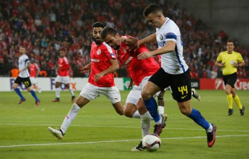 Hapoel Be'er Sheva - Inter: Ngược dòng 5 bàn thắng - 1