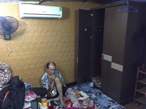 Ập vào điện thờ ở Hà Nội, bắt thầy cúng buôn ma túy