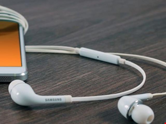 Hãy cẩn trọng khi sử dụng tai nghe ngay từ bây giờ