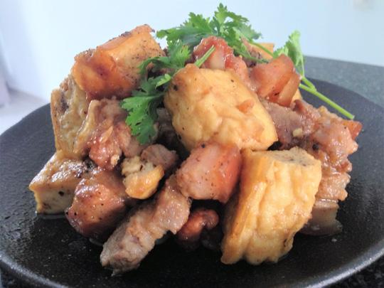 Thịt kho đậu hũ, ăn hoài không chán - ảnh 1