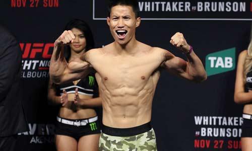 "UFC: Võ sỹ gốc Việt đánh ""La Pulga"" tối tăm mặt mũi"