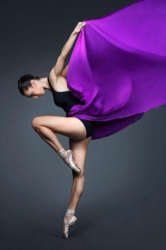 """Đôi chân quyến rũ như """"Thiên nga"""" Chloe Glemot - 2"""
