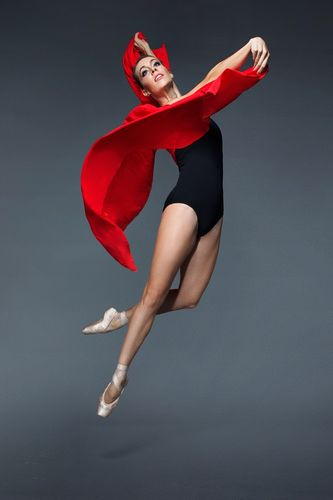 """Đôi chân quyến rũ như """"Thiên nga"""" Chloe Glemot - 3"""