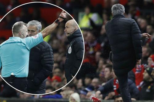 """MU: Cả thế giới đang """"phản bội"""" Mourinho"""
