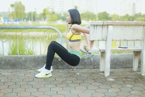 Người đẹp Đào Thị Hà luyện dáng sexy mà chẳng cần gym - 2