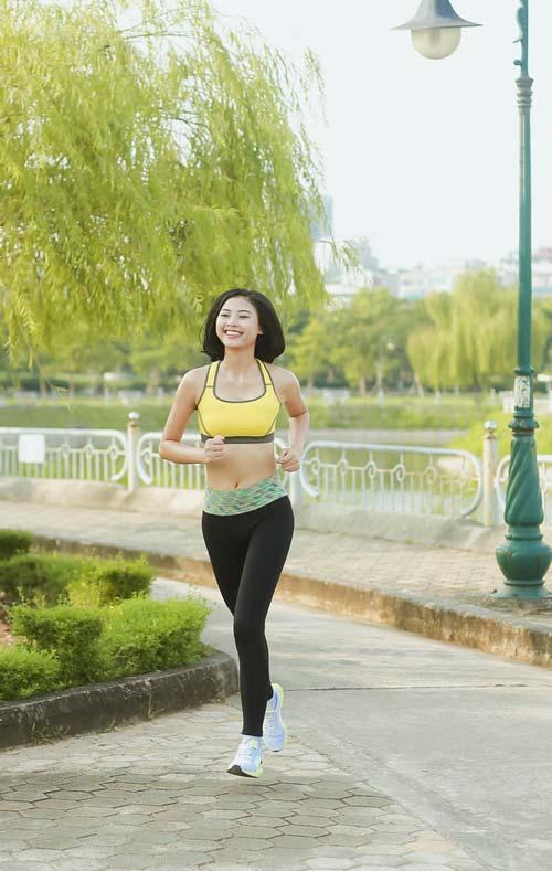 Người đẹp Đào Thị Hà luyện dáng sexy mà chẳng cần gym - 8