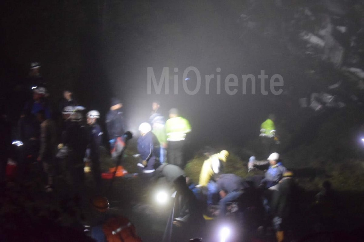 Máy bay chở CLB bóng đá Brazil rơi: 76 người thiệt mạng