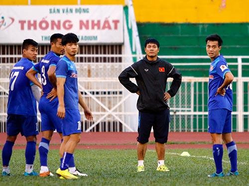 Tin nhanh AFF Cup: Đá bán kết, ĐT Việt Nam sang sớm 3 ngày