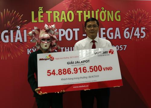 Bí mật trao giải xổ số 55 tỉ cho một phụ nữ ở Vĩnh Long