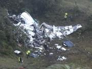 Thế giới - Máy bay chở đội bóng Brazil rơi: Sự trùng hợp kỳ lạ