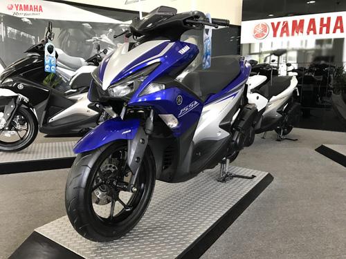 Chính thức công bố giá Yamaha NVX 2017 - 1