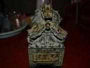 Tin tức trong ngày - Yêu cầu dân nộp lại vật lạ nghi ấn tín của vua