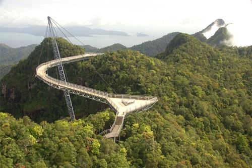 """15 cây cầu """"điên rồ"""" và đáng sợ nhất thế giới (P.1) - 7"""