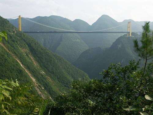"""15 cây cầu """"điên rồ"""" và đáng sợ nhất thế giới (P.1) - 13"""