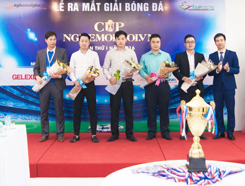 Giải bóng đá tranh CUP nghemoigioi.vn chính thức khởi động - 2