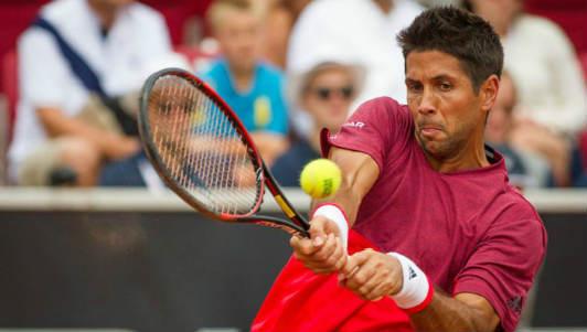 Tennis: Cú đánh kinh điển khiến đối thủ ngã ngửa
