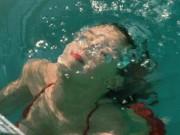 Phim - Những cảnh phim đẹp tuyệt dưới nước của mỹ nhân