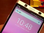 Dế sắp ra lò - Lộ hình ảnh BlackBerry Mercury cùng bàn phím QWERTY vật lý