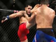 Thể thao - Hy hữu UFC: Thua tức tưởi vì mắc ngón chân vào lồng sắt