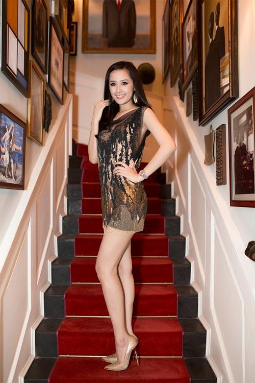 """Khi mỹ nữ Việt """"quên"""" mang giày cao mà chỉ đi dép lào, giày bệt - 20"""