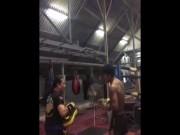 """Thể thao - """"Thánh Muay Thái"""" tập lúc 2 giờ sáng chờ đại chiến"""