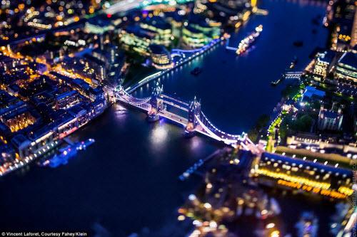 Những thành phố lung linh nhất trong đêm - 5
