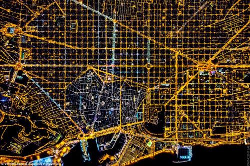 Những thành phố lung linh nhất trong đêm - 8