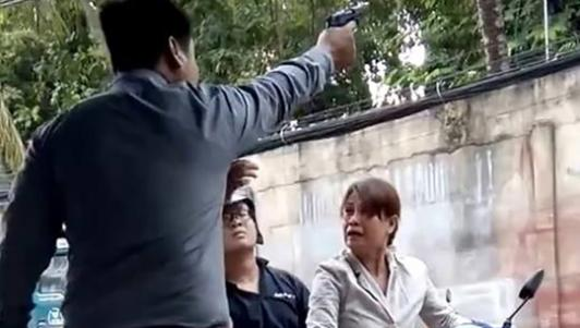 Giám đốc công ty bảo vệ nổ súng khi có người đến đòi tiền lương