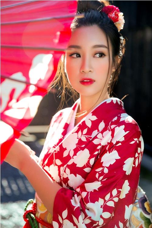 Mỹ Linh, Thanh Tú mặc Kimono đẹp hơn cả gái Nhật - 11