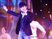 Ca nhạc - MTV - Nathan Lee là ca sĩ Việt đầu tiên được truyền hình quốc gia Pháp phỏng vấn