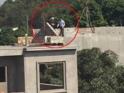 An ninh Xã hội - Nghe Chủ tịch huyện, nghi can giết vợ hạ đao đầu hàng