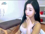 Ca nhạc - MTV - Choáng với mỹ nữ nghiện mặc hở để livestream đang gây sốc tại Hàn