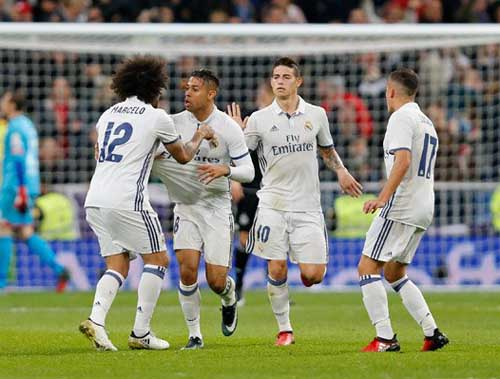 Real Madrid - Deportivo: Nghẹt thở tới tận bù giờ - 1