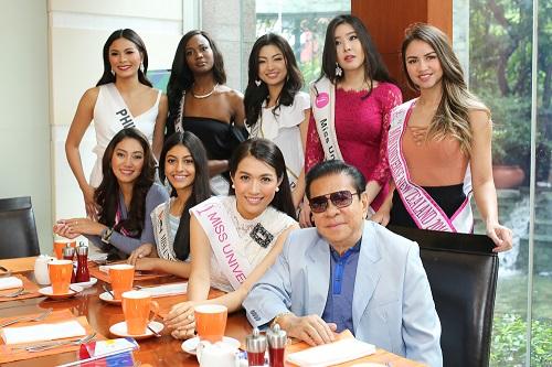 Lệ Hằng catwalk lấn át 10 mỹ nữ quốc tế thi Miss Universe - 2