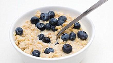 3 thức ăn buổi sáng để ngăn ngừa bệnh tim - 1