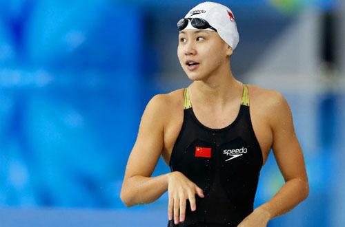 Dính cú sốc, hotgirl bơi lội Trung Quốc bị cấm 2 năm