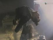 """Phim - Clip """"Võ Tòng"""" tự chặt tay để bắt sống sát thủ Phương Lạp"""